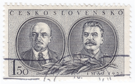 CHECHOSLOVAKIA - CIRCA 1953 : stamp printed in chechoslovakia shows image of Lenin (L) and Stalin - Russian Communist Leaders, 1953 Stock Photo - 16284313