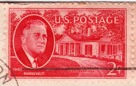 USA - CIRCA 1945: Stamp in USA shows Franklin Delano Roosevelt 32nd President of the United States and White House, circa 1945 Stock Photo - 16425136