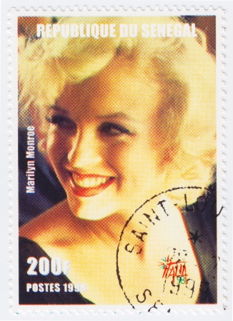 marilyn: SENEGAL - CIRCA 1998 : Stamp printed in Senegal with popular 1960s American actress Marilyn Monroe, circa 1998