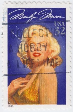 marilyn: UsA - CIRCA 1995 : stamp printed in USA show popular 1960s American actress Marilyn Monroe, circa 1995 Editorial