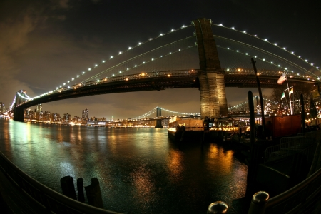 night view to Manhattan and Brooklyn bridge Stock Photo - 16643328