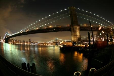 night view to Manhattan and Brooklyn bridge Stock Photo - 16643328