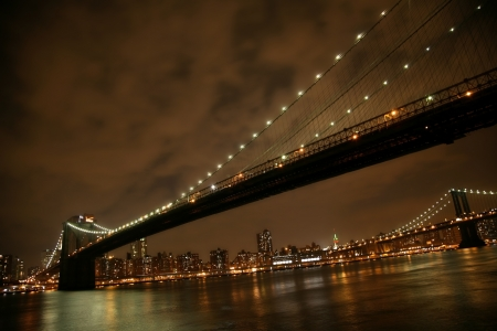 claccical NY - night view to Manhattan and Brooklyn bridge Stock Photo - 16643305
