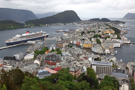 alesund: erial view from the mountain Aksla at the Alesund  Alesund is know as the Art Deco city of Norway due to it Stock Photo