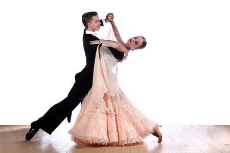 danza clasica: bailarines de sal?n de baile contra el fondo blanco Foto de archivo