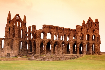 whitby: Whitby Abbey castle, ruined Benedictine abbey sited on Whitbys East Cliff in North Yorkshire on the north-east coast of England, UK