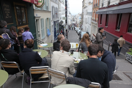 pablo picasso: PARIS - MAY 1: View of typical paris cafe on May 1, 2013 in Paris. Montmartre area is among most popular destinations in Paris, many artists worked around the community of Montmartre such as Pablo Picasso or Vincent van Gogh Editorial