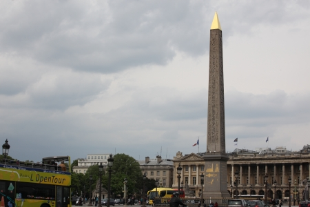 27 years old: PARIS - APRIL 27  Citizen and tourist at Fountains and Obelisk, Place de la Concorde, April 27, 2013 in Paris  Obelisk of Luxor is more than 3,300 years old and was given to France in 1829