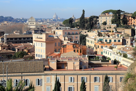 Classic Rome - aerial view to old roof buildings and street 免版税图像