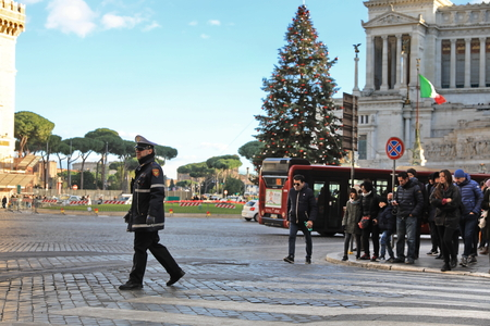 ROME - JAN 3: Rome police control the street in Rome the 3 January 2019, Italy. Rome is one of the most populated metropolitanareas in Europe Редакционное