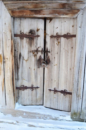 The photo of a old wooden door photo