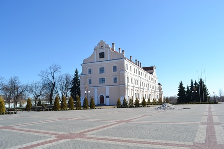 collegium: Jesuit collegium and central square in Pinsk , Belarus