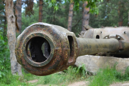 Tank main gun of old soviet tank. Stock Photo - 14497239