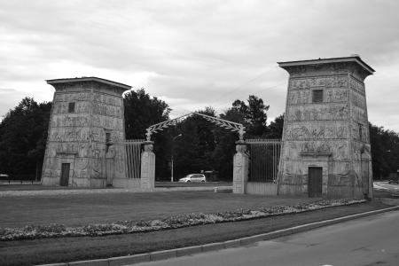 selo: Egypt Gate in Tsarskoe Selo, St.Petersburg, Russia. Black and white Editorial