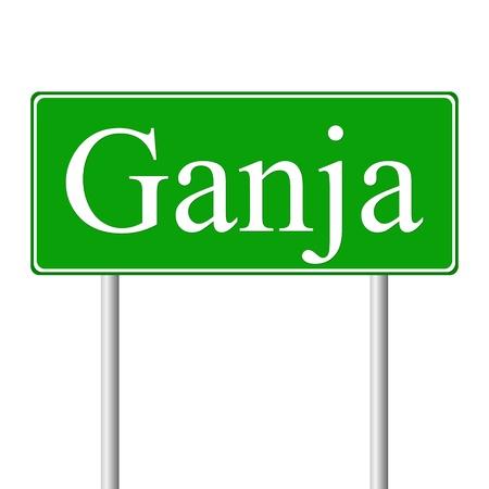 ganja: Ganja signe de route vert isol� sur fond blanc