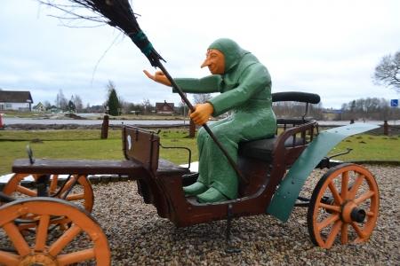 beldam: Sculptural group: witch on a cart, Latvia