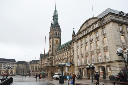 rathaus: View of the Rathaus (City Hall) in Hamburg, Germany.