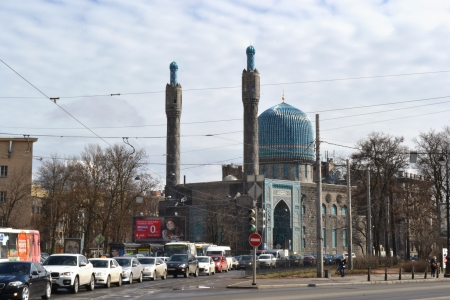 mohammedan: St.Petersburg, Russia - April 20, 2013: View of St. Petersburgs cathedral mosque, Russia