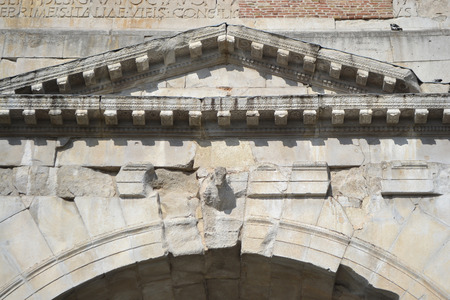 e 27: Detail of Arch of Augustus in Rimini, Italy. It was built in 27 BC. e. Stock Photo
