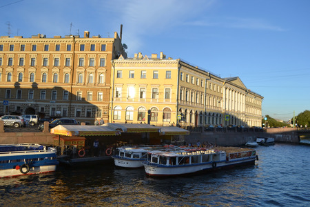 pleasure craft: ST.PETERSBURG, RUSSIA - SEPTEMBER 7, 2013: Pleasure boats on the canal in the center of St. Petersburg.