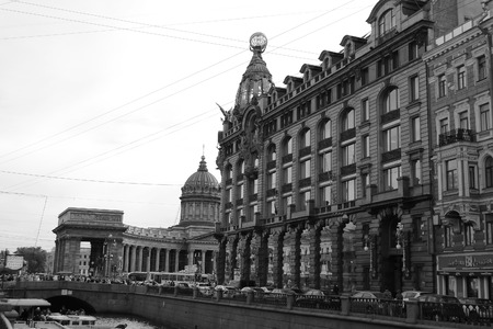 nevsky prospect: ST.PETERSBURG, RUSSIA - 24 MAY, 2012: Zinger House on Nevsky Prospect in the historic center of St. Petersburg. Black and white.