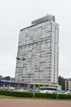 prospect: ST.PETERSBURG, RUSSIA - 24 JULY 2012: Residential building on Moskovsky Prospect at summer cloud day.