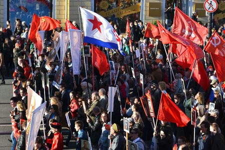 prospect: ST.PETERSBURG, RUSSIA: - MAY 9, 2015: Communist demonstration on the Nevsky Prospect on the day of the victory in World War II. Editorial