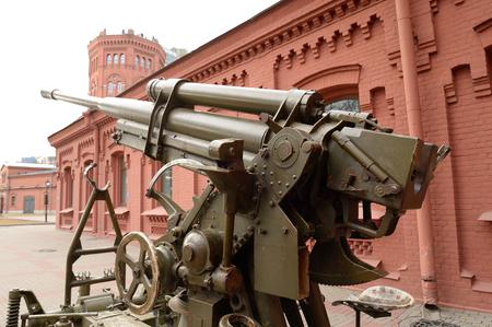 seconda guerra mondiale: pistola anti-aereo sovietico della seconda guerra mondiale a San Pietroburgo, Russia.