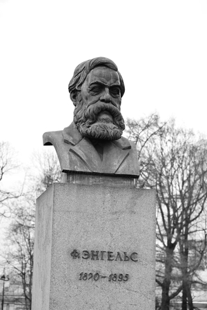 sociologist: ST.PETERSBURG, RUSSIA - APRIL 2, 2016: Statue of Friedrich Engels in St.Petersburg, Russia. Black and white. German philosopher, one of the founders of Marxism.