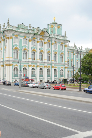 jule: ST.PETERSBURG, RUSSIA - 3 JULE 2016: View of Palace Embankment and Hermitage Museum. One of the largest and most significant art and historical museums in Russia and abroad. Editorial