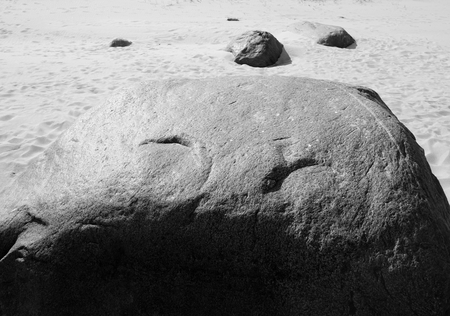 granit: Granite stone slose up, may be used as background. Black and white.