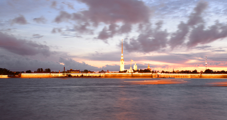 palacio ruso: River Neva and Peter and Paul Fortress before sunrise in St.Petersburg, Russia.