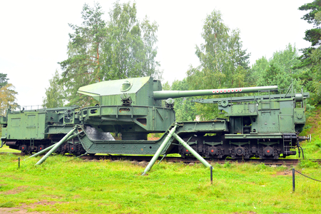 FORT KRASNAYA GORKA, RUSSIA - 31 JULY, 2016: 180 mm railway gun TM-1-180 in Krasnaya Gorka in Leningrad region.