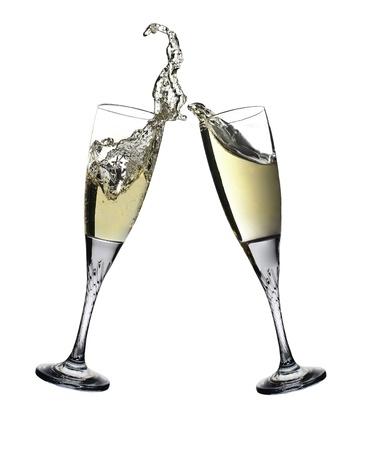brindisi spumante: Coppia di flauti champagne fare un tuffo Champagne brindisi