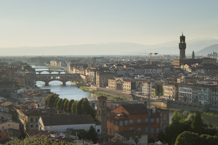 Beautiful cityscape skyline of Firenze (Florence), Italy, with the bridges over the river Arno Archivio Fotografico