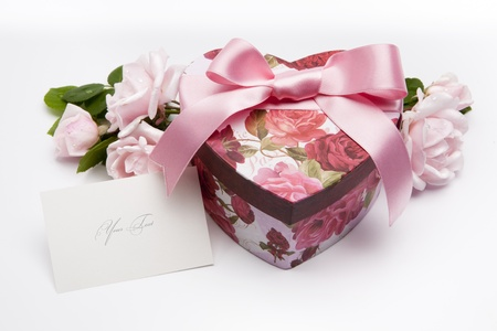heart gift box: art vintage gentle greeting card