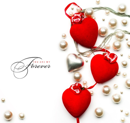 Design Valentine Day greeting card ( red hearts on white background )