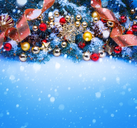 winter card: Design a blue Christmas greeting card background