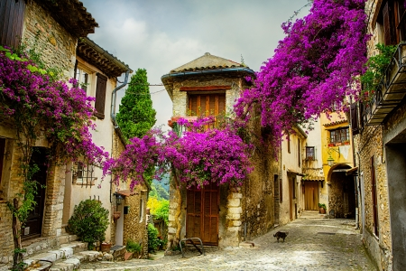 provence: beautiful old town of Provence Stock Photo