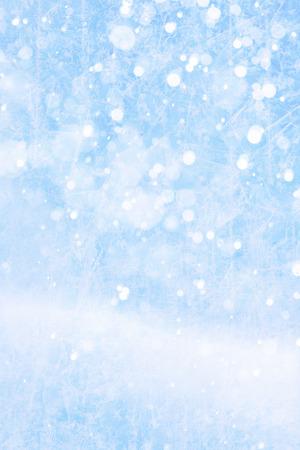 neige qui tombe: Art des chutes de neige sur le fond bleu