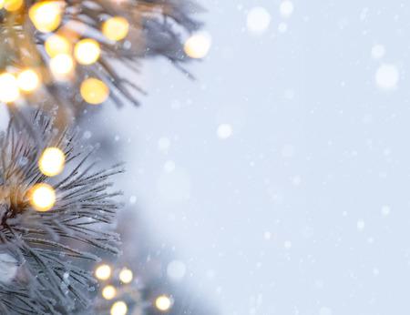 snowy christmas tree light Archivio Fotografico