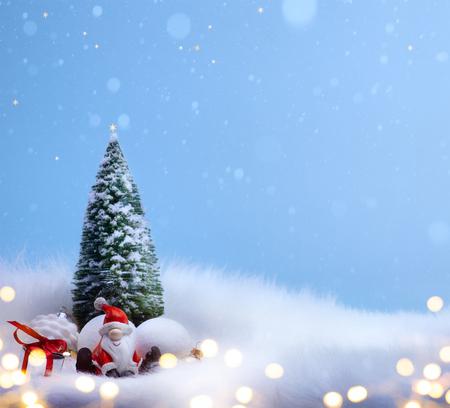 休日、クリスマス ツリーとサンタの装飾飾り