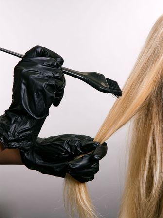 tinte de cabello: tintes de cabello. closeup sobre fondo gris