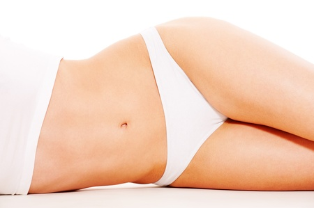 femme sous vetements: corps de la femme belle en sous-vêtements blanc