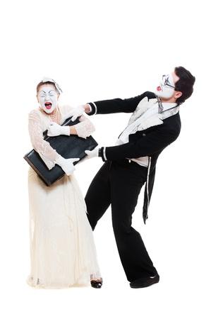 pantomima: Retrato de mimos emocionales. aisladas sobre fondo blanco