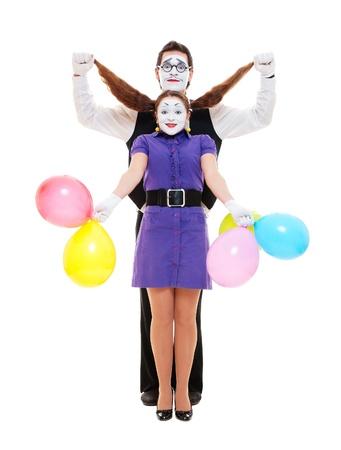 pantomima: par de dos mimos emocionales divertidas. aisladas sobre fondo blanco