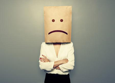 female head: empresaria tiene un mal estado de ánimo