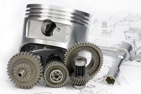 herramientas de mec�nica: Reductor, la clave, la cabeza y otros detalles se encuentran en el dibujo. Foto de archivo