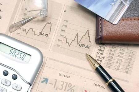 cuadro sinoptico: L�piz y monedero yac�an en la tabla de datos de resumen