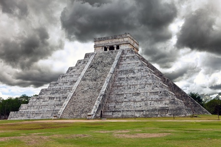 Kukulkan Pyramid in Chichen Itza on the Yucatan Stock Photo